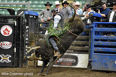 Jordan Hansen - Rebel Energy Services Bull Riding Champ - Copeman photo